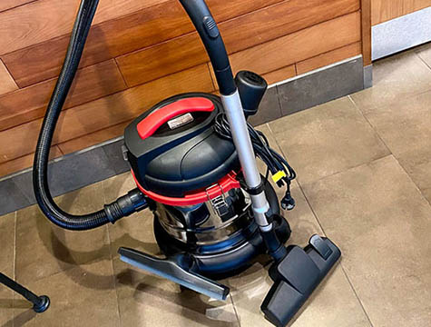 Comparison of Industrial Vacuum Cleaners and Commercial Vacuum Cleaners