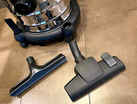 Comparison of Handhold Vacuum Cleaner and Traditional Vertical Vacuum Cleaner