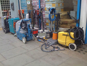 26.industrial vacuum cleaner for concrete grinder.jpg